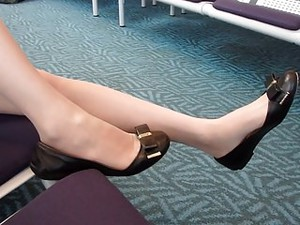 Nylon Foot Shoe Dangle At The Airport