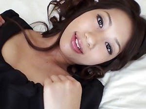 Sexy Fit Room Mate Gets Squirts