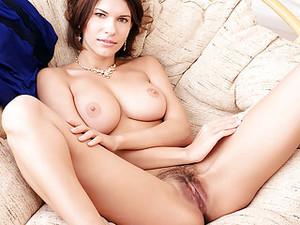 Brunette Babe Suzanna A