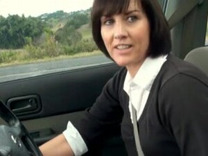 British Milf Gets Off In Car