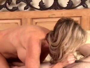 Lonely Mature MILF Seduces Her 18yo Roommate
