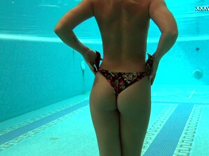 Legendary Underwater Strip Show By Sexy Swimmer Olla Oglaebina