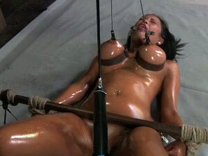 Sexy Brunette Bitch With Oiled Body Is Tortured By A Horny Dude