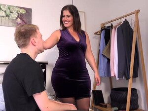 Chubby Mature With Big Boobs, Montse Swinger Likes To Have Casual Sex With Her Son's Best Friend