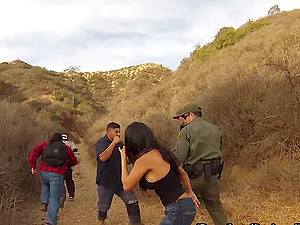 Mexican Immigrant Gets Fucked Outdoors By The Border Police