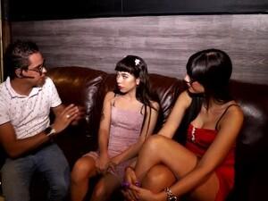 Chica Nueva En Club Swinger Y Termina Cogiendo Con El Dueño