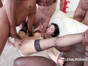 Double Anal Gangbang For Francys Belle
