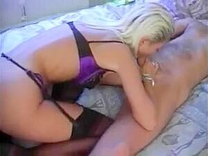 Horny Housewife - Dorthe Damsgaard