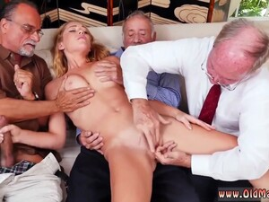 Exxxtra Small Teens Tree Frankie And The Gang