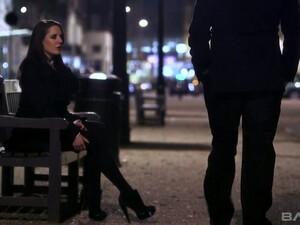 British Stripper Samantha Bentley Enjoys Having Dirty Anal Sex