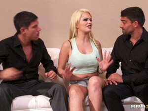 Double Penetration Threesome Ends With Cum In Mouth For Alexis Ford