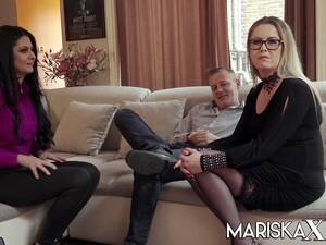 Mariska Joins A Hot Swinger Couple
