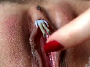 Giantess Pussy Insertion
