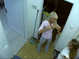Very Exciting Hidden Spy Video And This Blonde Looks Hot Showering