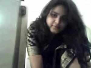Indian BBW Performs A Hot Striptease