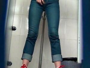 Hidden Cam In China Toilet