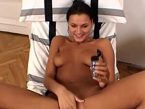 Cute Young Girl First Time Fuck On Film