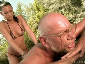 Slim Skanky Whore Sucks Grandpa Dick & Gets Nailed
