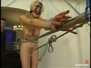 Curvy Blond Babe Sadie Belle Is Being Humiliated Hard