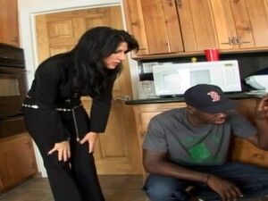Housewife Slut Takes Big Dick From The Black Handyman