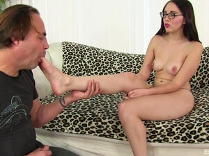 Gorgeous Teen Babe Nickey Huntsman Loves Riding A Nice Long Cock