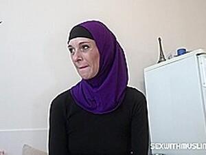 Mature Muslim Takes Dick