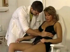 Bosomy Fair Haired Sweetie Pleases Her Doctor With Stout BJ