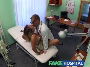 FakeHospital Doctor Accepts Sexy Russians Pussy As Payment