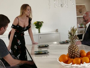 This Lucky Dude Gets The Pleasure Of Having Sex With Britney Amber