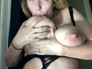 Perfect Nipples With Lots Of Milk