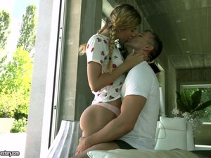 Adventurous Cutie With Braids Shona River Gets Her Hungarian Butthole Fucked