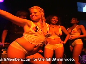 Nervous Contestants Rip Tops Off For First Time In Wet T - DreamGirlsMembers