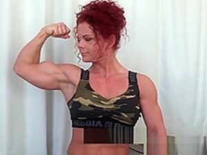Hot Ripped Muscle Girl