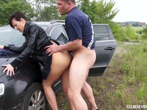 Tall Teen With Big Boobies Nicoletta H Is Picked Up And Fucked Outdoor