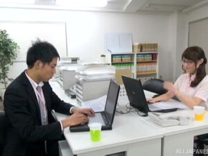 Hardcore Fucking On The Office Table With A Sexy Japanese Secretary