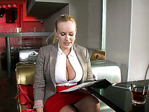 Big Breasted Stunner Angel Wicky Gives Her Lover A Nice Titjob