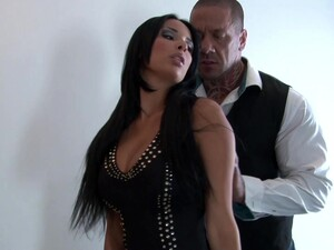 Stunning Cheating Wife Anissa Kate Gets Fucked By A Large Cock