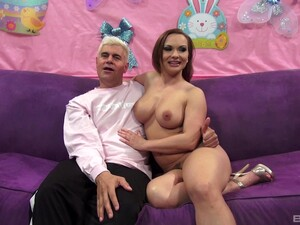 Closeup Video Of Dick Hungry Girlfriend Katja Kassin Giving Head