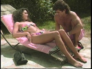 Outdoors Pussy Pounding For The Curly-haired Retro Senorita