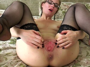Naughty Blonde Lisa Young Sucks And Rides A Giant Dildo On The Bed