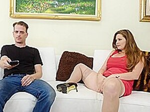 Allison Moore - Thick Step-Mom Allison Moore Takes A Po
