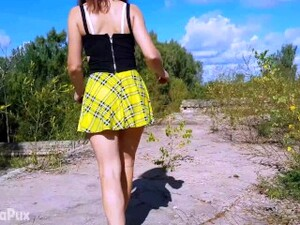 I PURPOSELY LET MY STEPSISTER GO FIRST WHEN WE WERE CLIMBING THE PUBLIC FORTRESS! ANGELINAPUX 4K