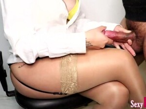Secretary Jerks Off New Boy At Work Until Cum On Crossed Legs In Pantyhose #12