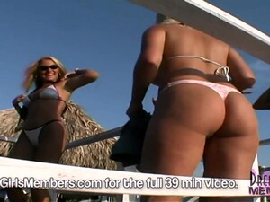 Hot Girl Beach Bikini Contest Amp One Shows Pussy At The End - DreamGirlsMembers