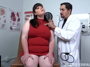 Slutty Brunette Bbw Had Casual Sex With Her Handsome Doctor, After Giving Him A Blowjob And A Titjob