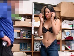 Half Mexican Beauty Amethyst Banks Gets Her Mouth And Pussy Punishes For Shoplifting