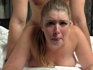 Sarah Is Very Trilled To Taste A Throbbing Cum Gun