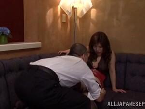 Amazing Saki Mizumi Gets Toyed Before Sucking A Cock