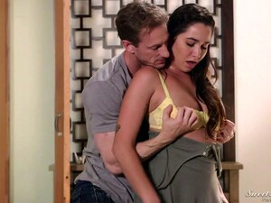 Dude Drops A Visit To Charming Brunette Karlee Grey And Fucks Her Meaty Cunt