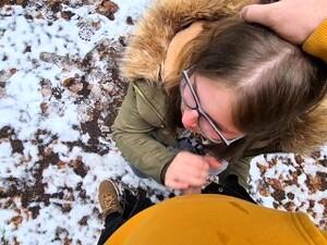 Heftige Spermaladung Ins Gesicht Für Justdiana Beim Outdoor Blowjob